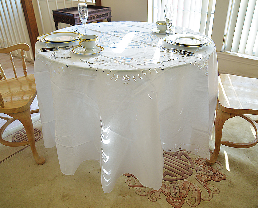 """Emerald Embroidered 90"""" Round Tablecloth."""