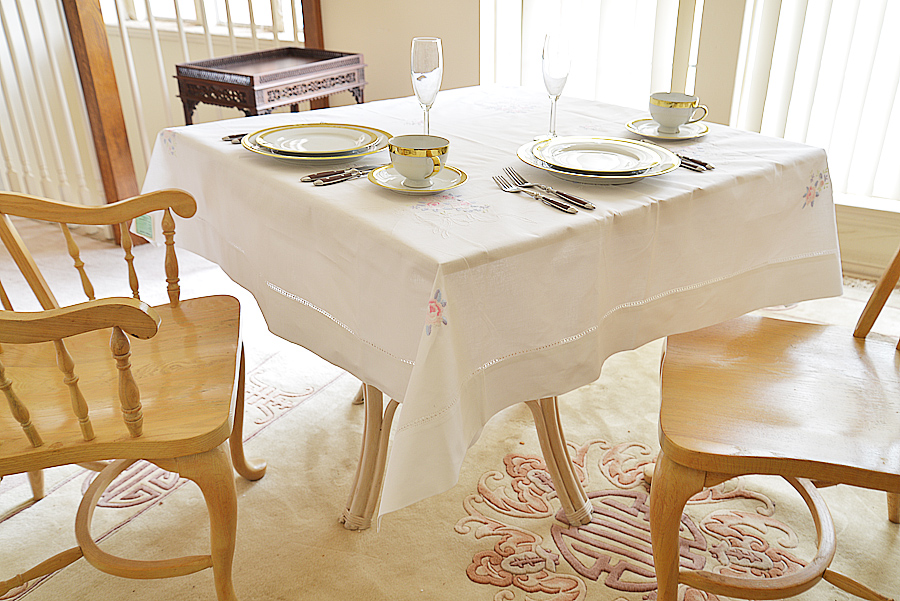 rose embroidered square tablecloth